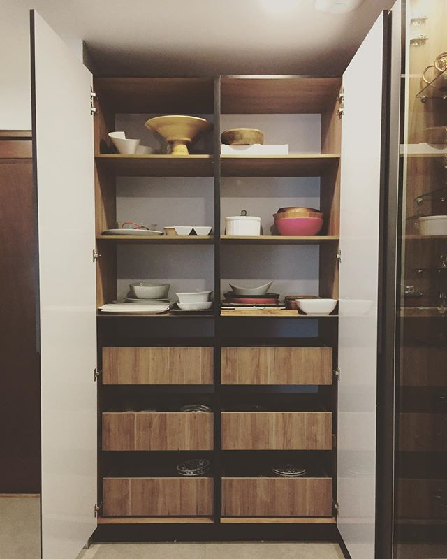 Cocinas IS+LA #kitchengoals #amazingpantry #aptomzsz