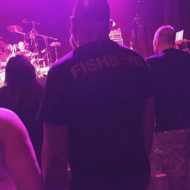 Appropriate? @livingcolourofficial concert! 🤭🙈