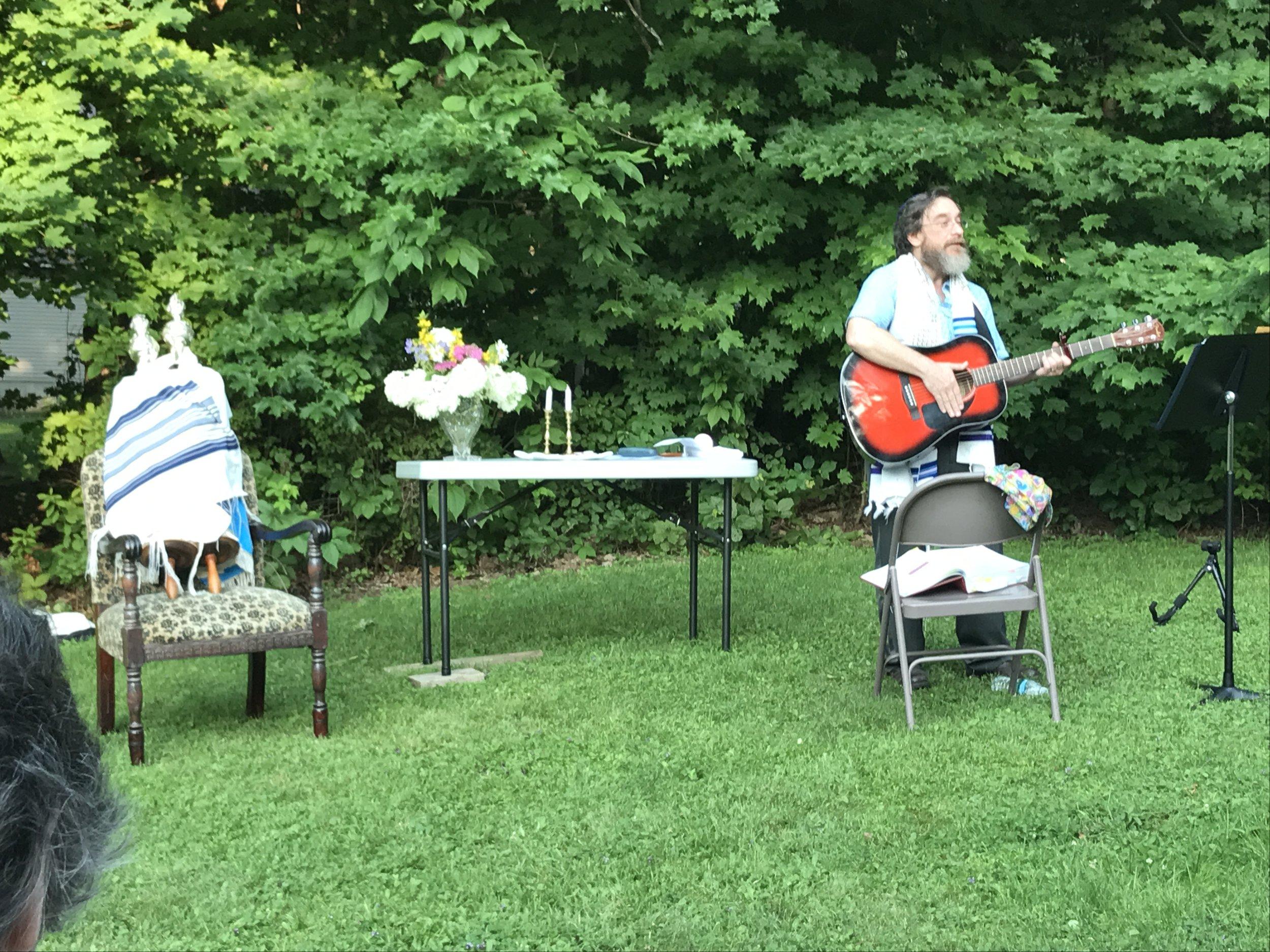 Singing Rabbi.jpg