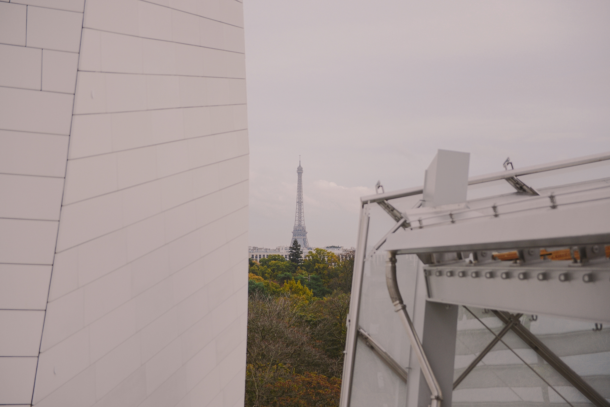 view towards eiffel tower from loius vuitton foundation_0043.jpg