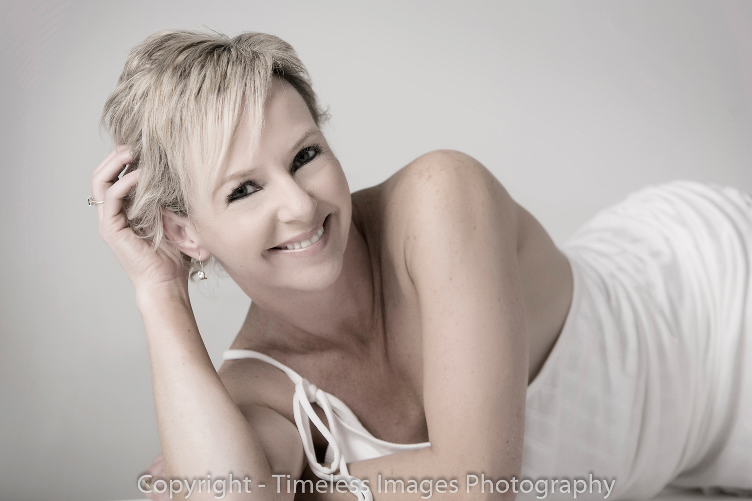Hair-Make-up-Photography-Auckland-Studio-08.jpg