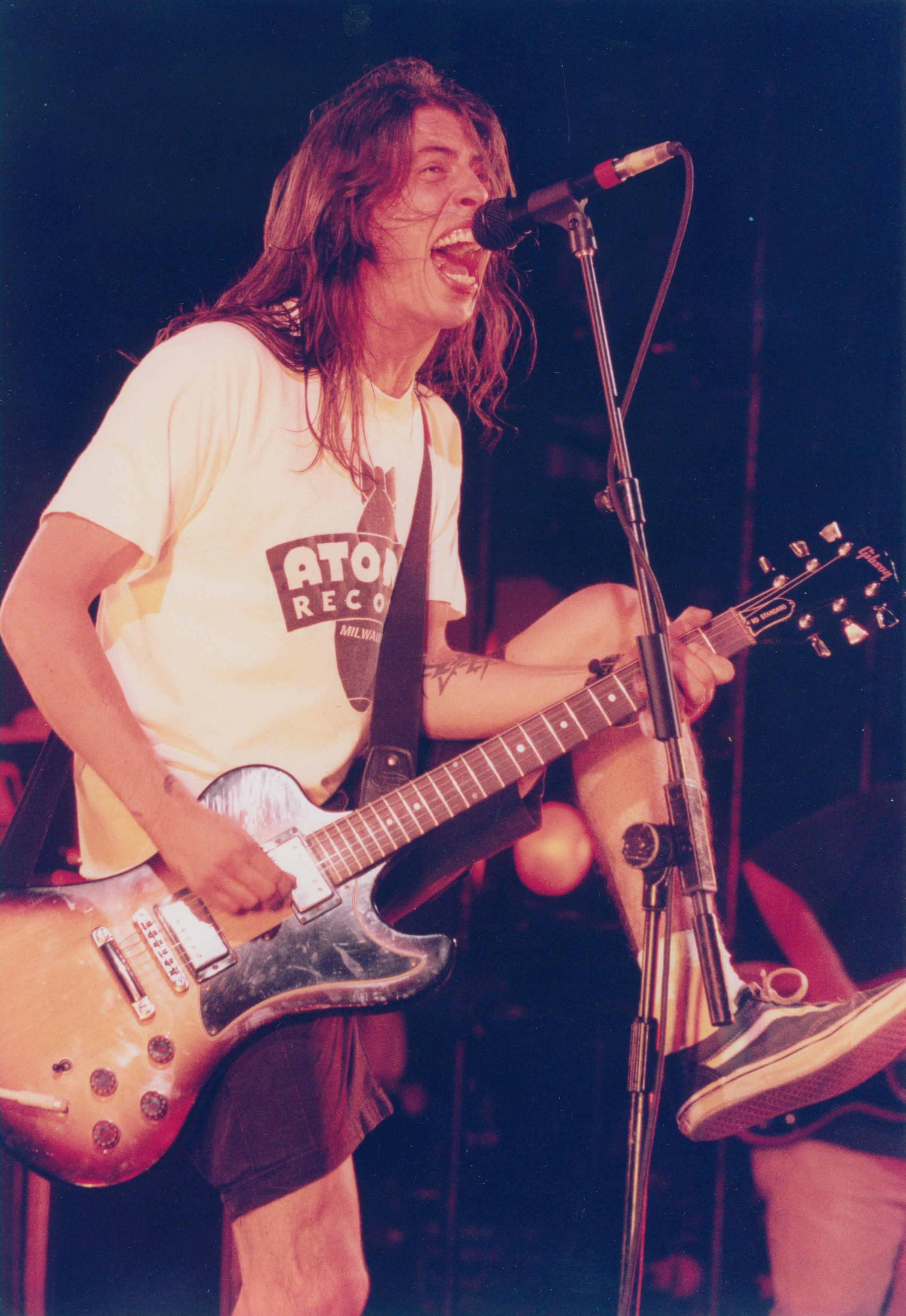 Dave Grohl 1996.jpg