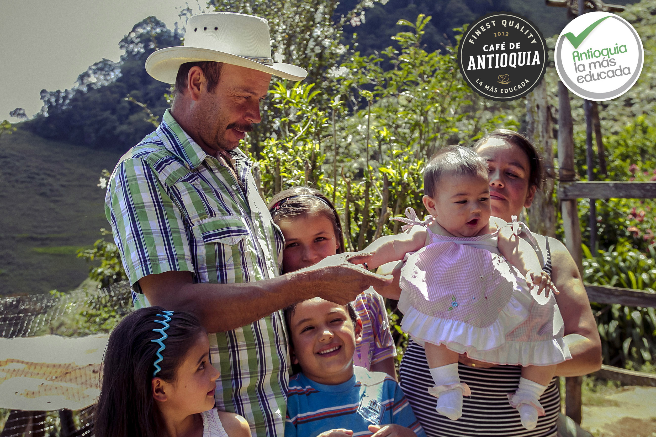Antioquia Microlot Finca La Cabaña 3.jpg