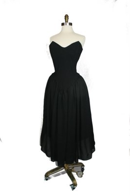 Betsey Johnson princess dress. I just LOOOOVE this one. I think this is a dress that could really benefit from layering multiple petticoats for extreme volume.