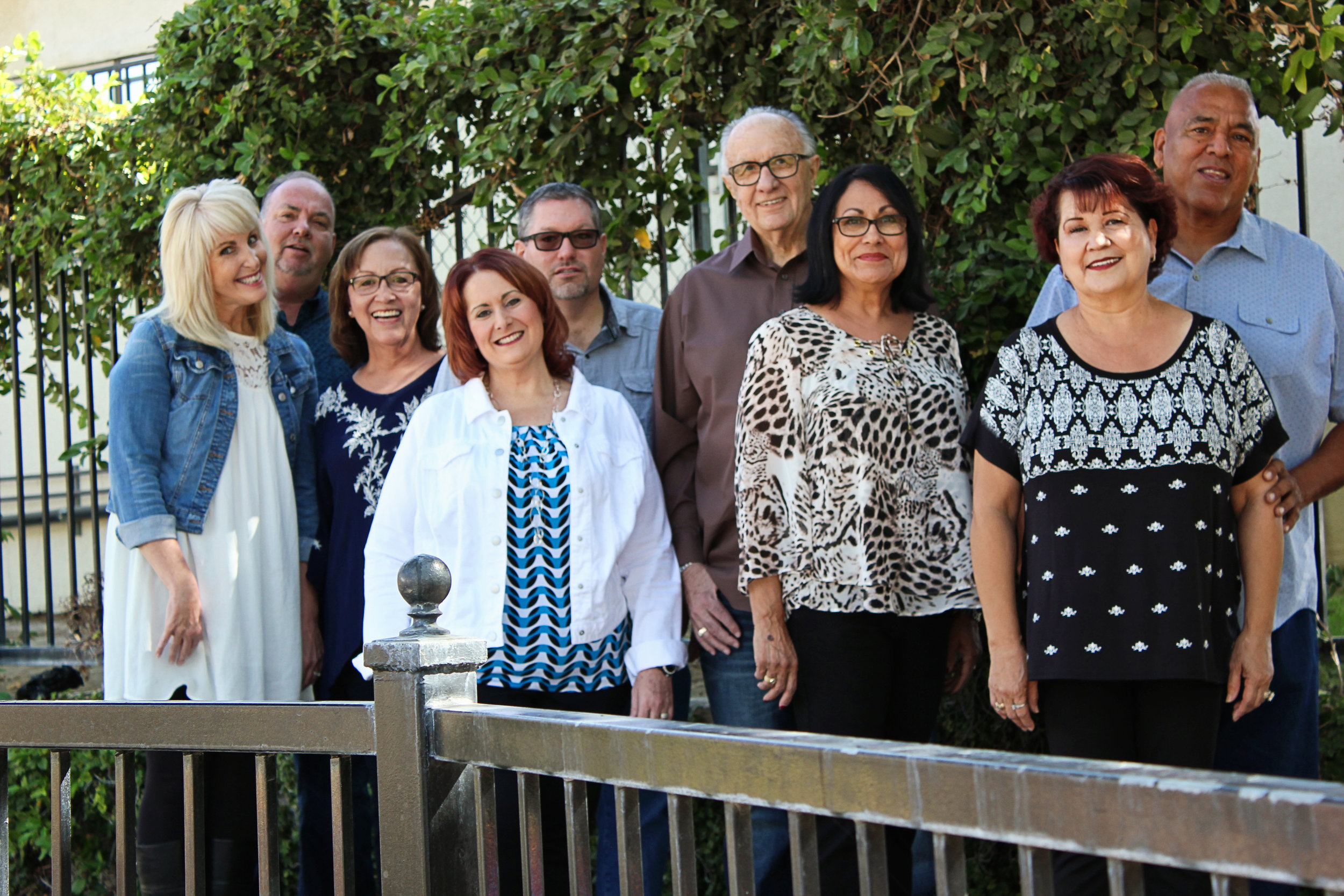 From Left to Right: Diane & Wade Jenkins; Rosario Gomez; Pam & Geoffrey Crain, Ed & Bea Combs; Cynthia & Arthur Juarez