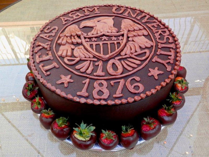 am-grooms-cake-1.jpg