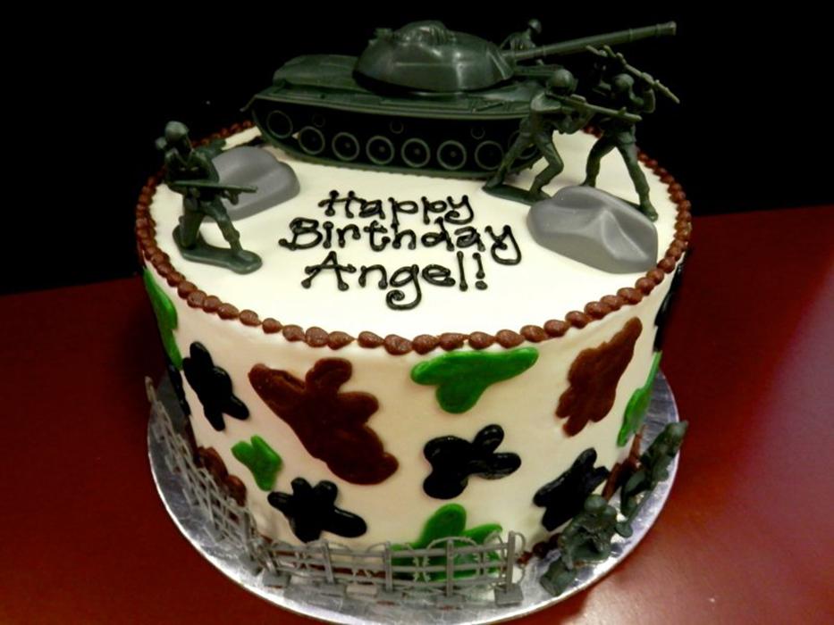army-cake-1.jpg