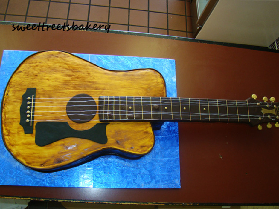 guitar-cake.jpg