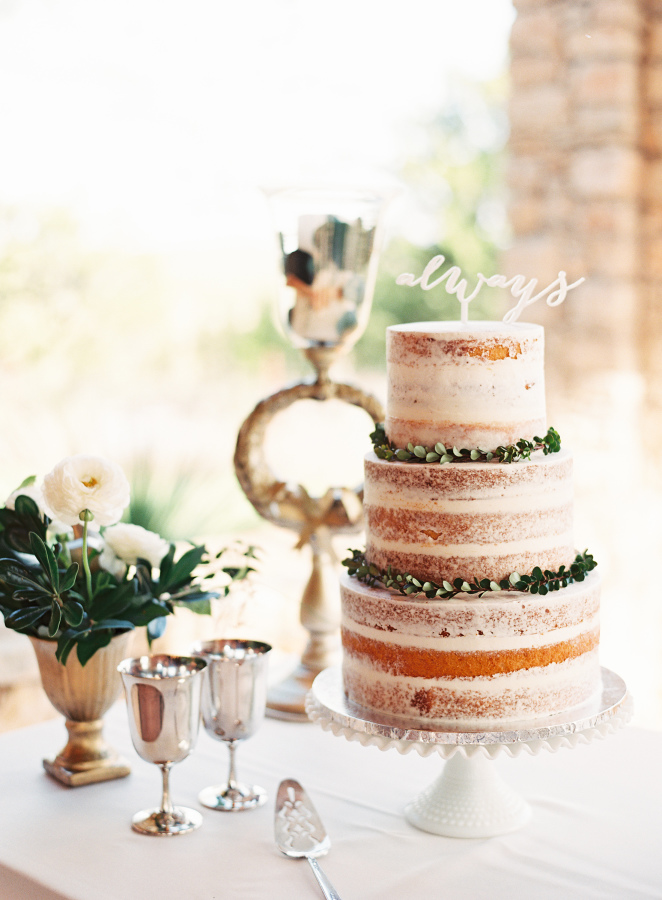 mint photography, naked cake.jpg