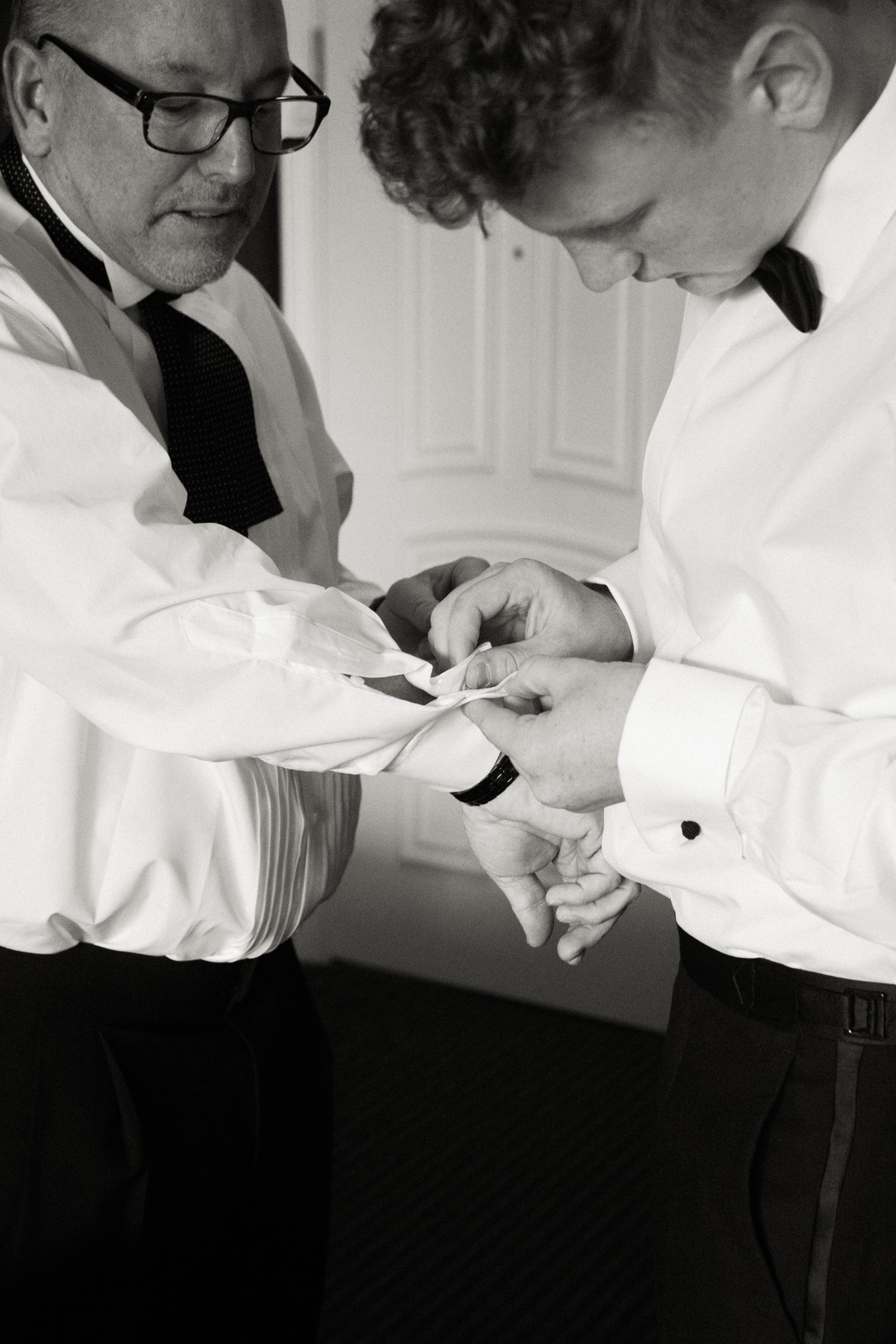 dennisroycoronel_white-winter-barn_temecula_wedding_photographer-21.jpg