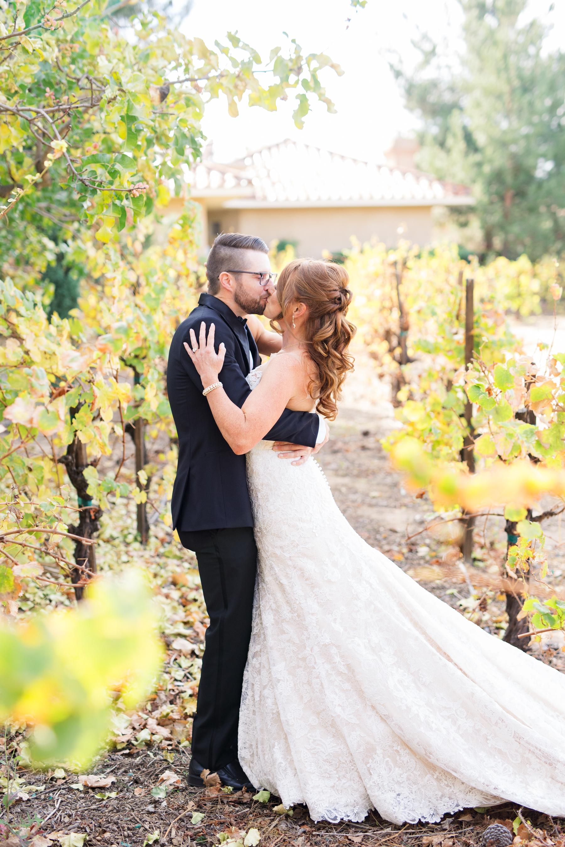 dennisroycoronel_white-winter-barn_temecula_wedding_photographer-34.jpg