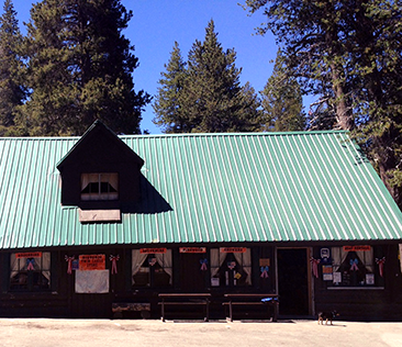 Twin Lakes General Store - 37 Twin Lakes RoadMammoth Lakes, CA(760) 934-7295