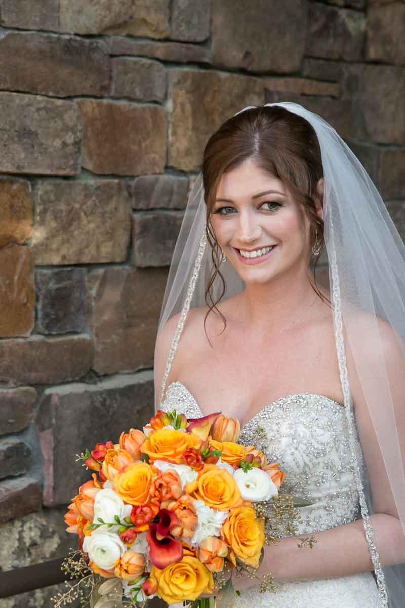 Jackson-Hole-Bride-Flowers-Veil.jpg