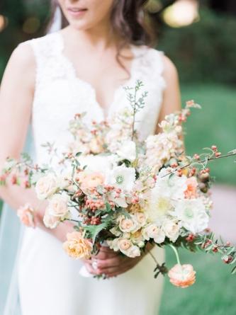 Carats & Cake Napa Wedding bouquet.jpg