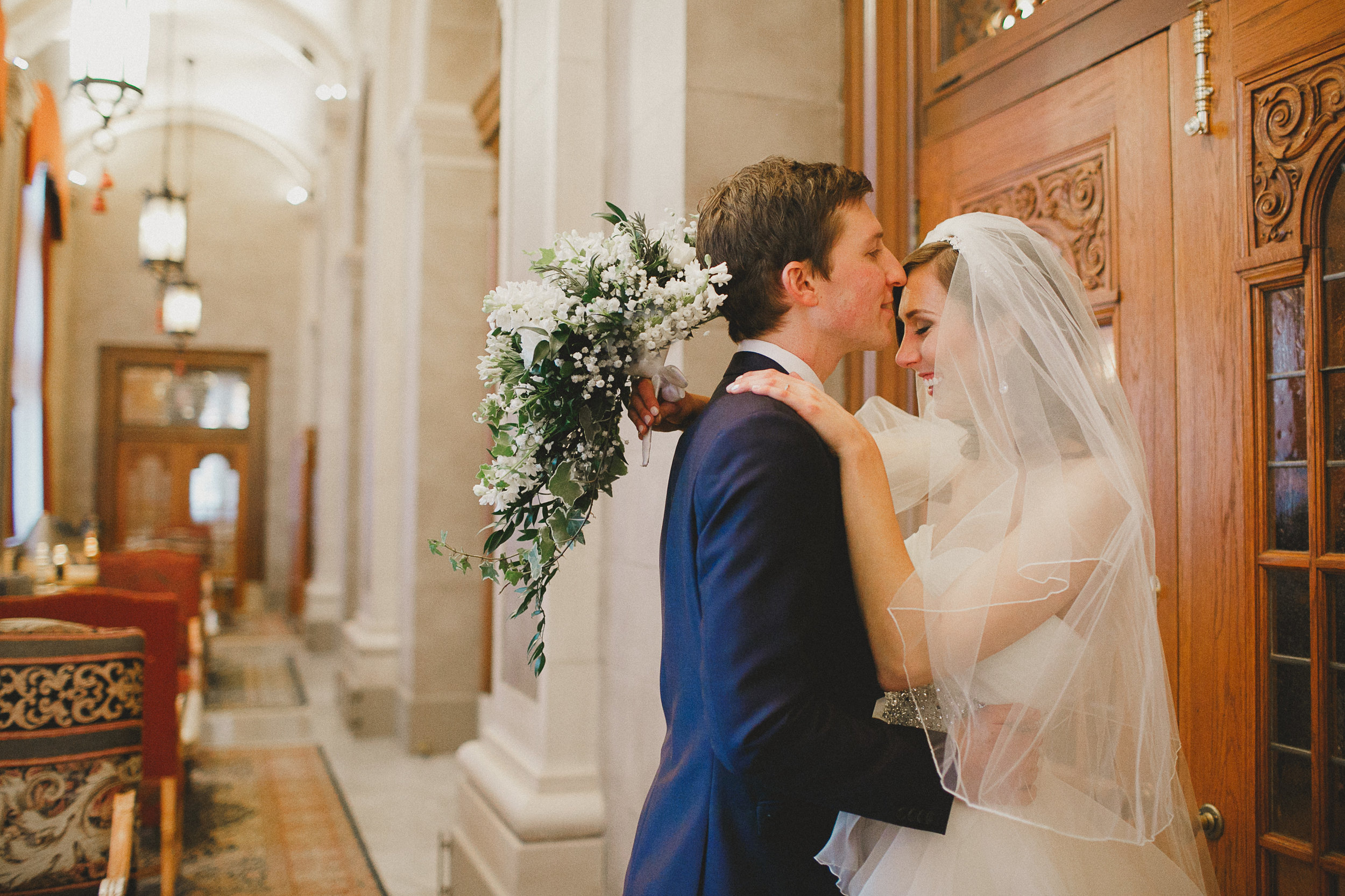 Winnipeg Winter Wedding at Fort Garry Hotel