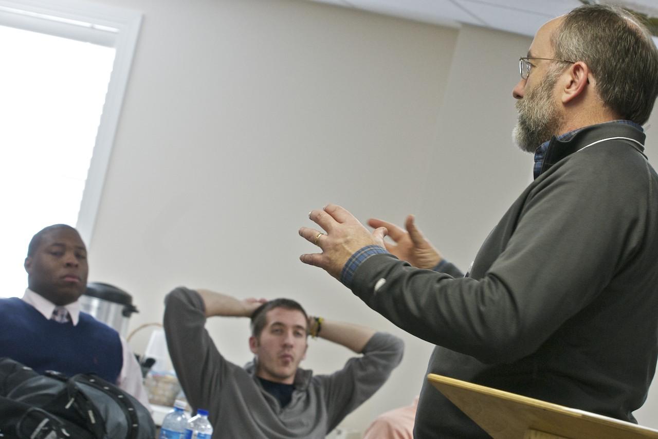 Robert King teaching a session.