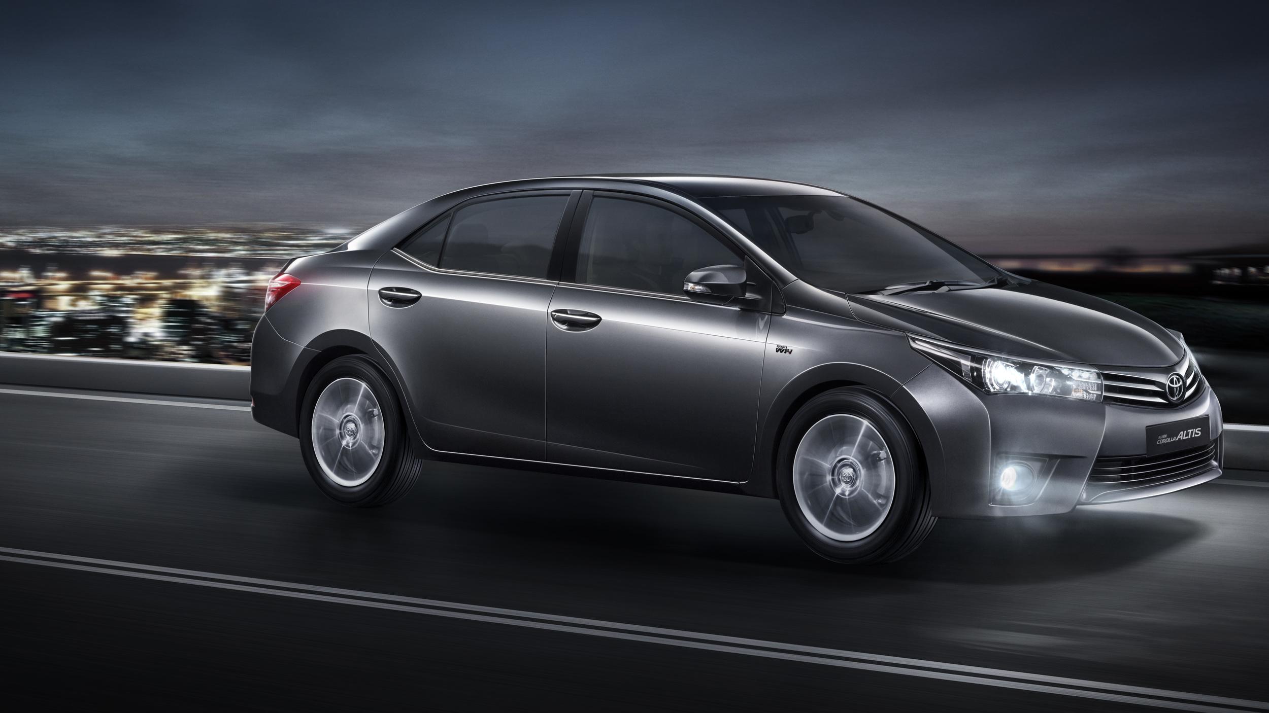 Toyota Corolla Altis-2014