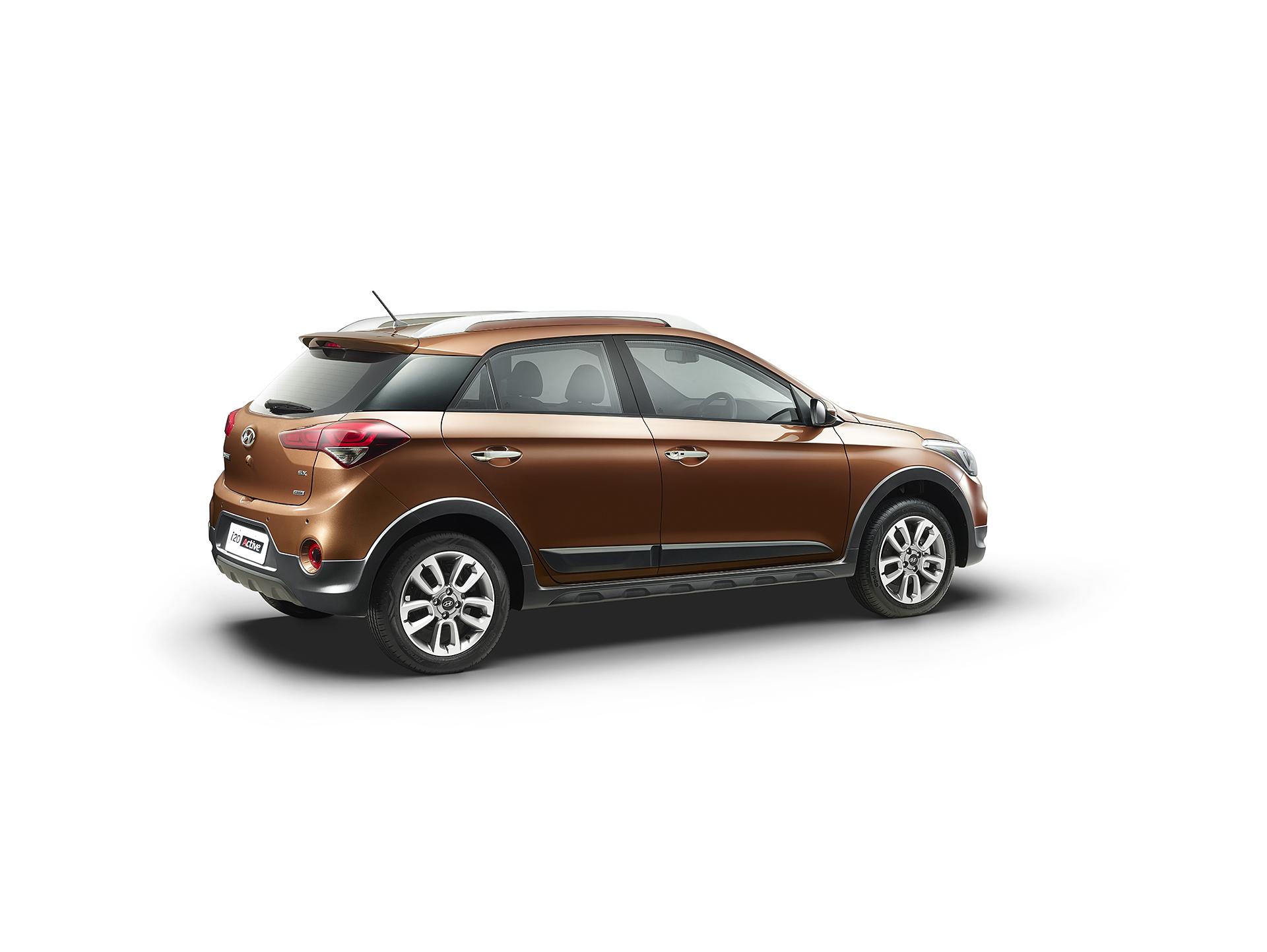Hyundai i20 Active Brown Studio Rear Med