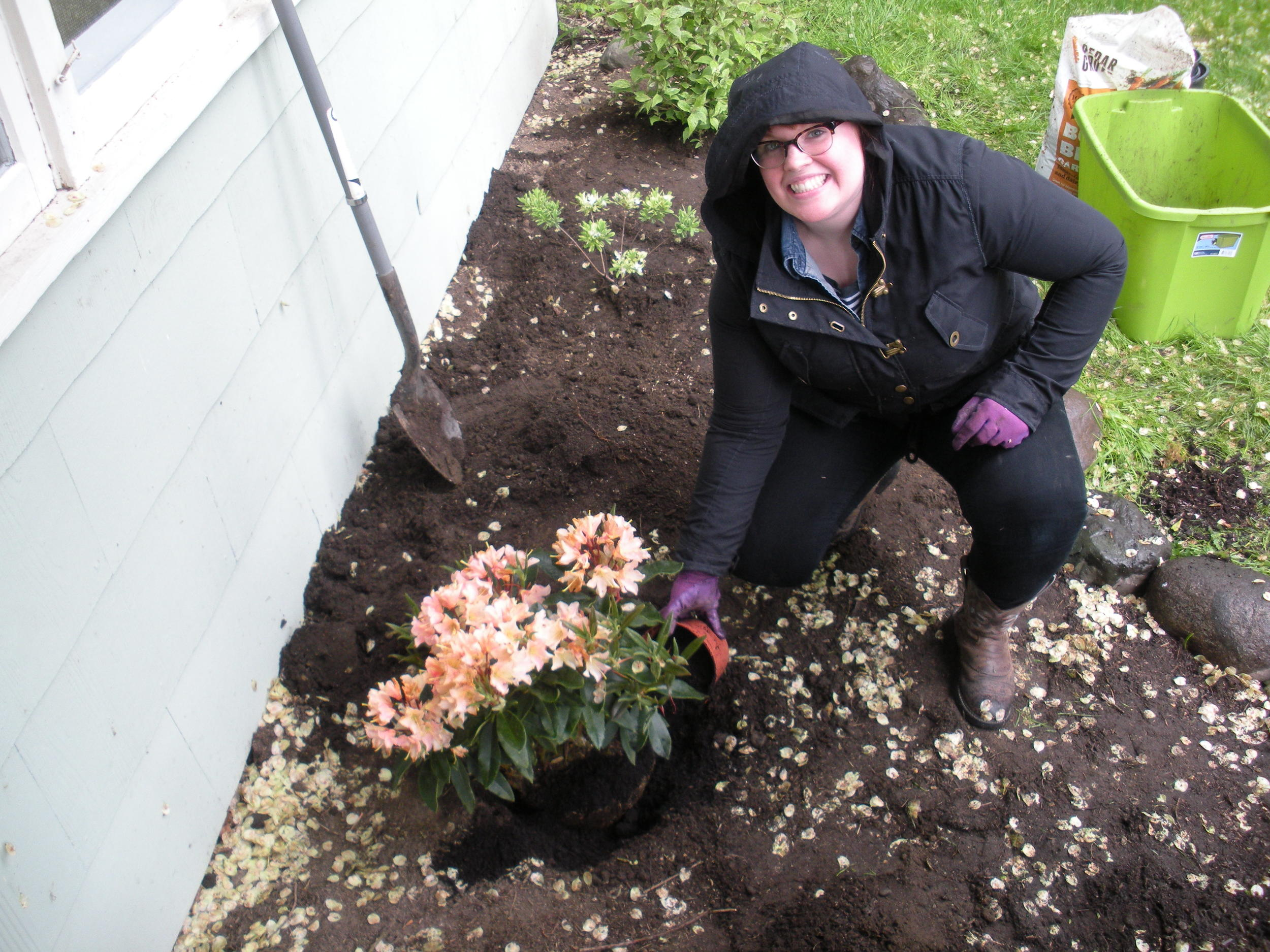 We planted in the rain like good Pacific Northwesterners!