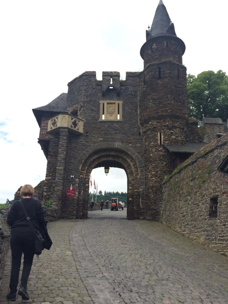Gates of the Cochem imperial castle