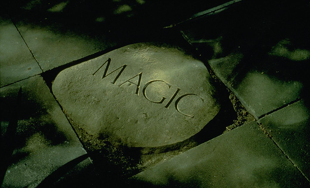 Morris-magic-stone-D0918_06.png