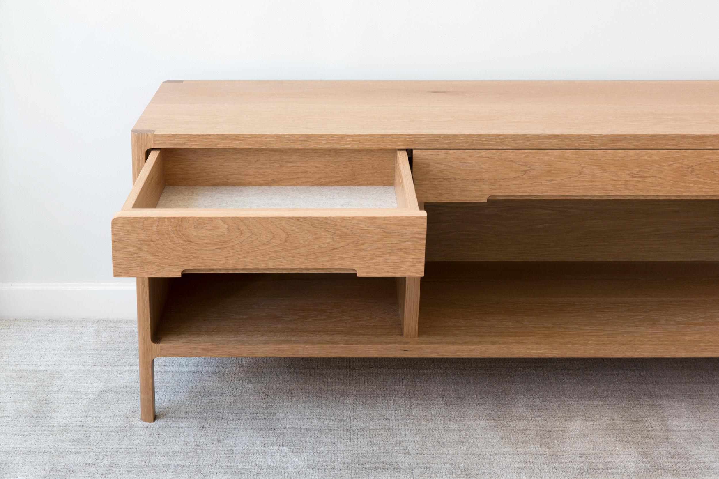 Cobb Console by Piet Houtenbos