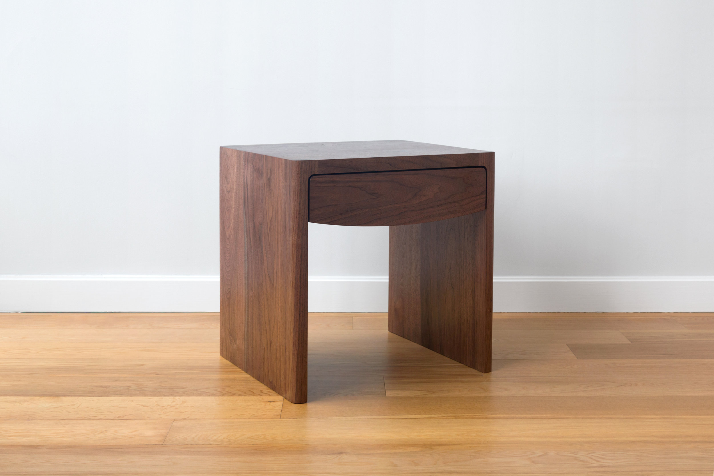 NEW SIDE TABLES: Fina