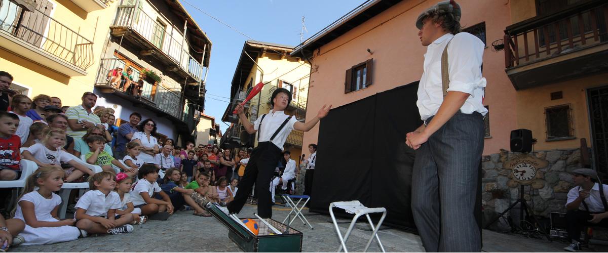 artisti_giocoleria_eventi_limone_piemonte.jpg