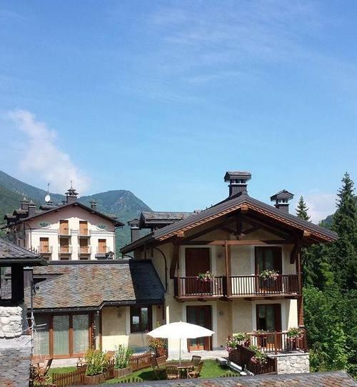 Giardini+Appartamenti+chalets+712-713.jpg