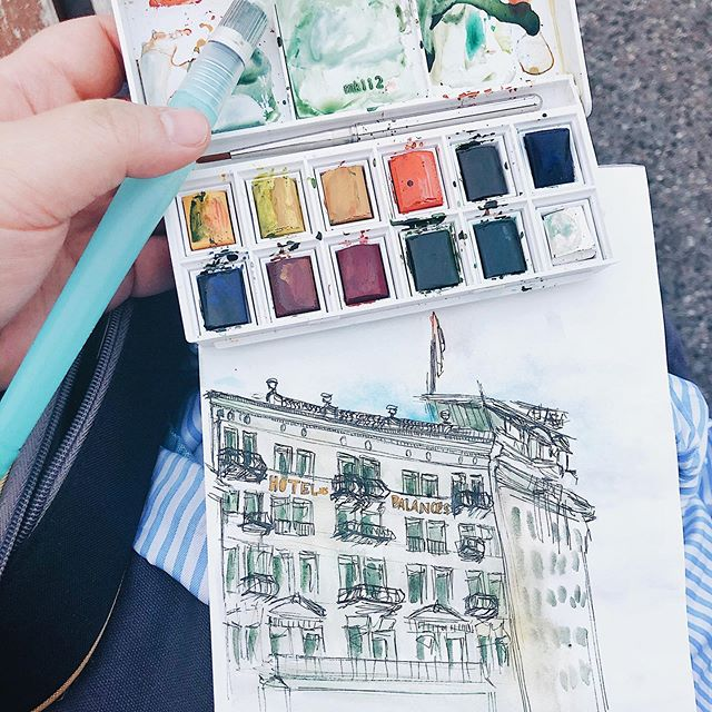 Going on vacation always brings out the sketching in me. . . . #urbansketching #luzern #watercolors #sketching #art #design