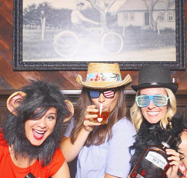 Bellyflops and bartenders @jackknifepdx 📸@jackdaniels_us @barinstitute  #gentlemenjack #photoboothfun #portland #pdx