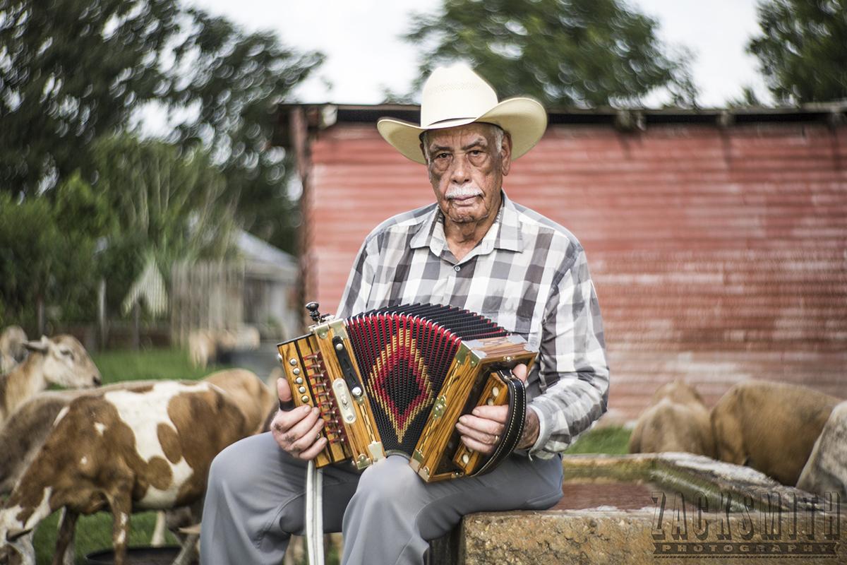 "Creole ""la-la"" musician Goldman Thibodeaux at home in Lawtell, LA. ©2015 Zack Smith"