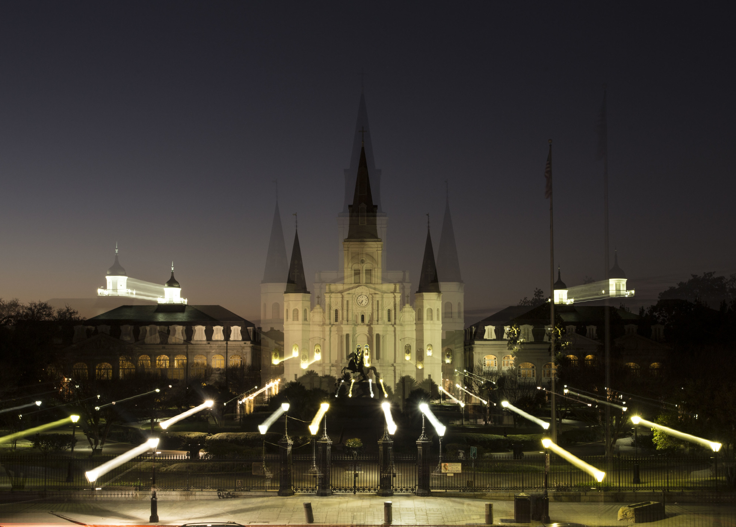 Zack-Smith-Photography-New-Orleans-How-to-tuesday-#27-Long-Exposure-Best-Night-Photography-Blurry-jackson-square-french-quarter-church-beautiful