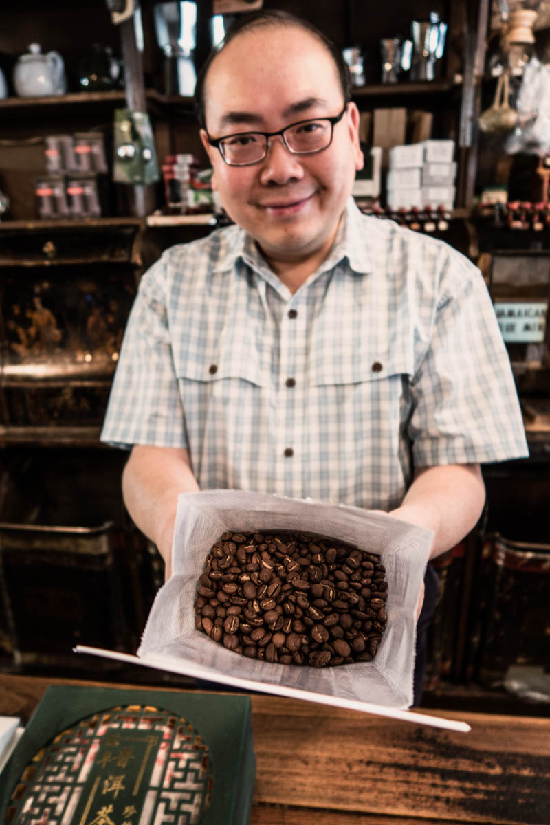 Zack Smith Photography New York City McNulty's Coffee Beans Happy Person
