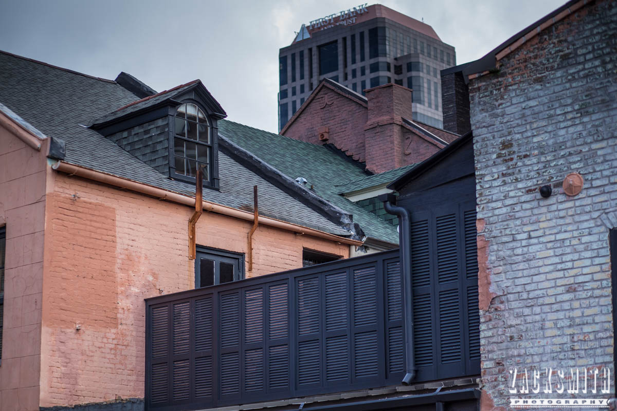 """Zack Smith Photography - """"Walking with the Prime"""" photo gallery new orleans 85mm Louisiana photographer photo tips and techniques rooftops weathered architecture landscape"""
