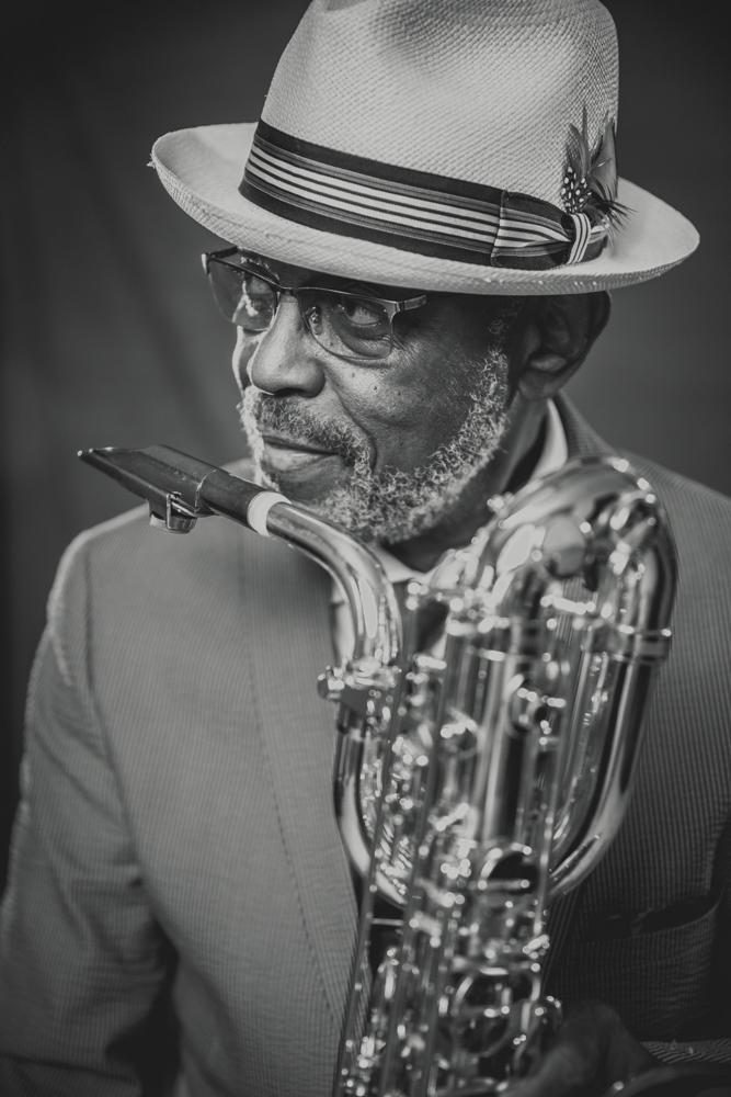 Roger Lewis, 2019