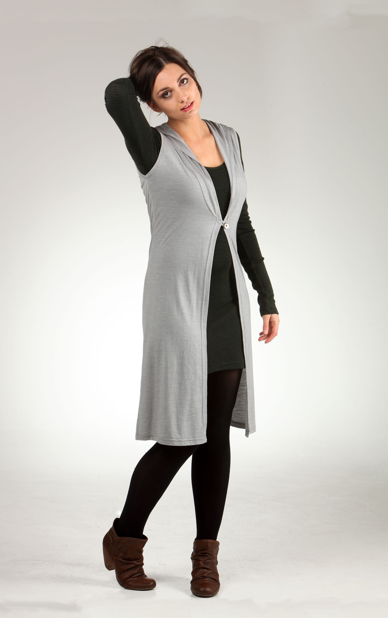 Merino-wrap-sleeves-lara.jpg