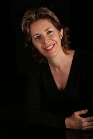 ' Observe, teste, crée, partage ' - Biographie de Cécile DEJOUX