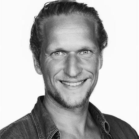 Thomas Simon - Tlf: 5192 9202thomas@businessmodelgame.dk