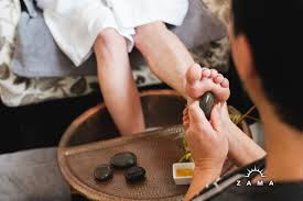 hot stone pedicure _2.jpg