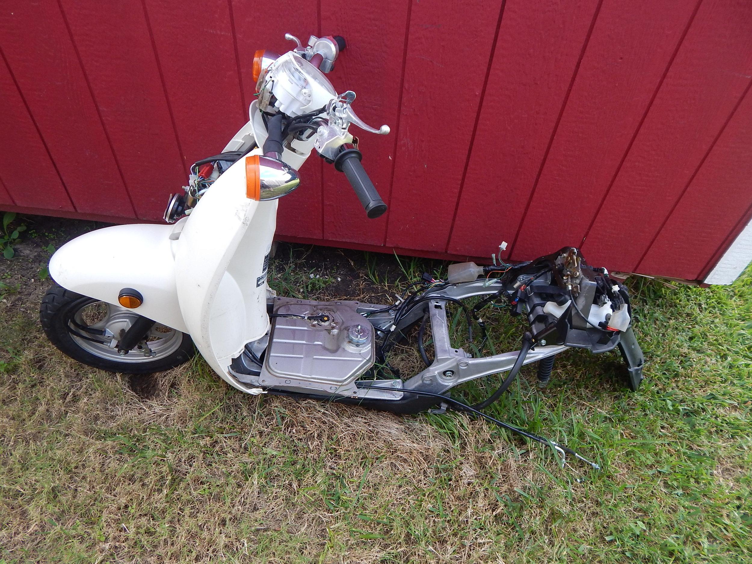 10-18-2016 patrick honda metropolitan parts bike (9).JPG