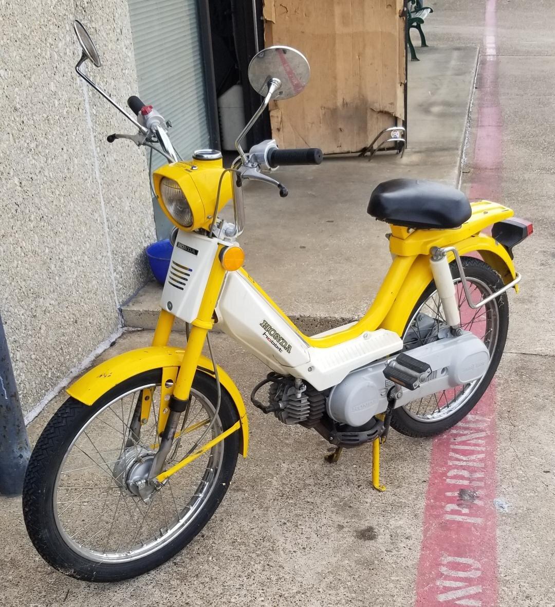 10-19-2019 honda hobbit yellow moped.jpg