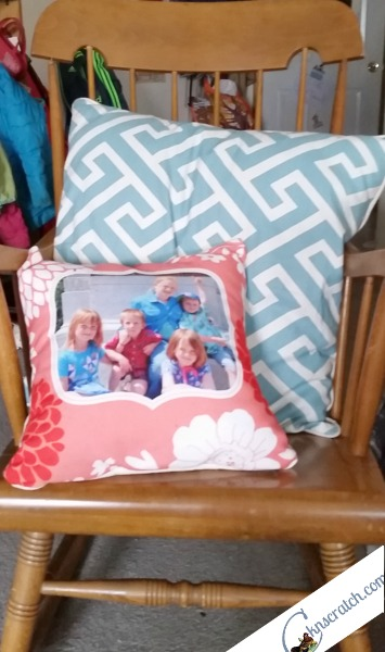 Fun idea for vacation photos! Put it on a pillow