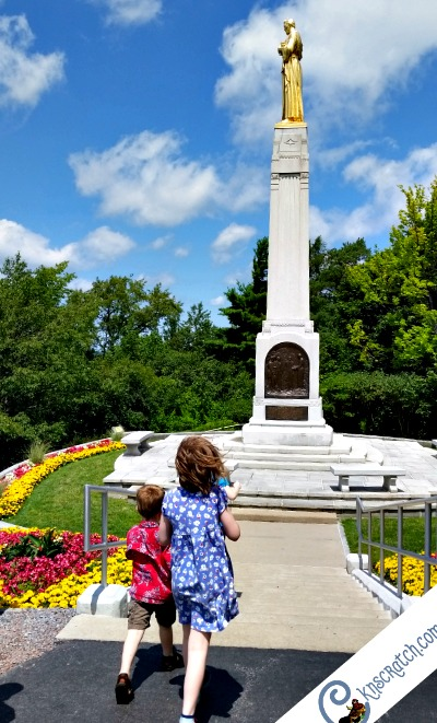 The top of Hill Cumorah- great tips to know before going to these LDS church history sites