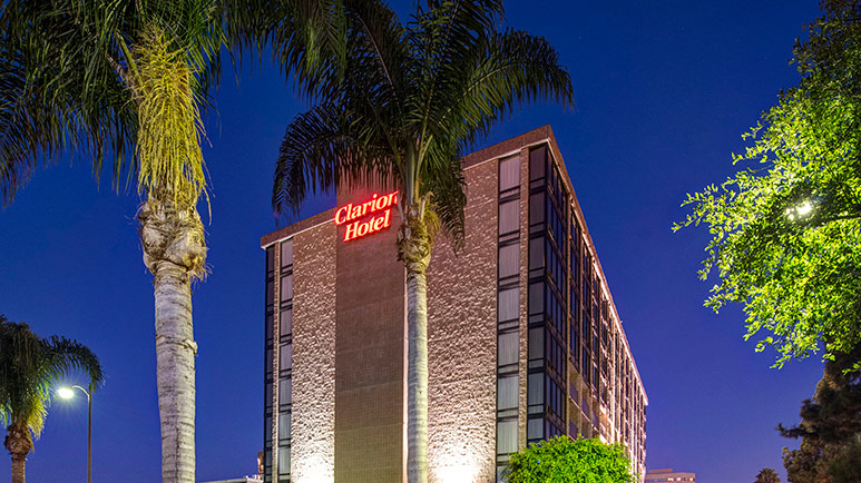 Clarion Hotel for Disneyland- tips on the best time to go