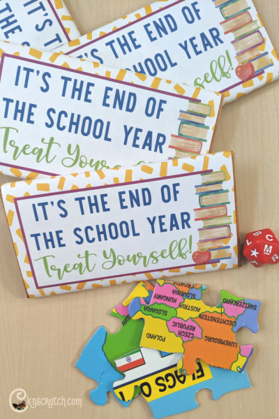 These are so cute. Perfect for the end of the year teacher and staff gifts! Easily add a gift card or note on the back too! #teachlikeachicken #teachergift #school