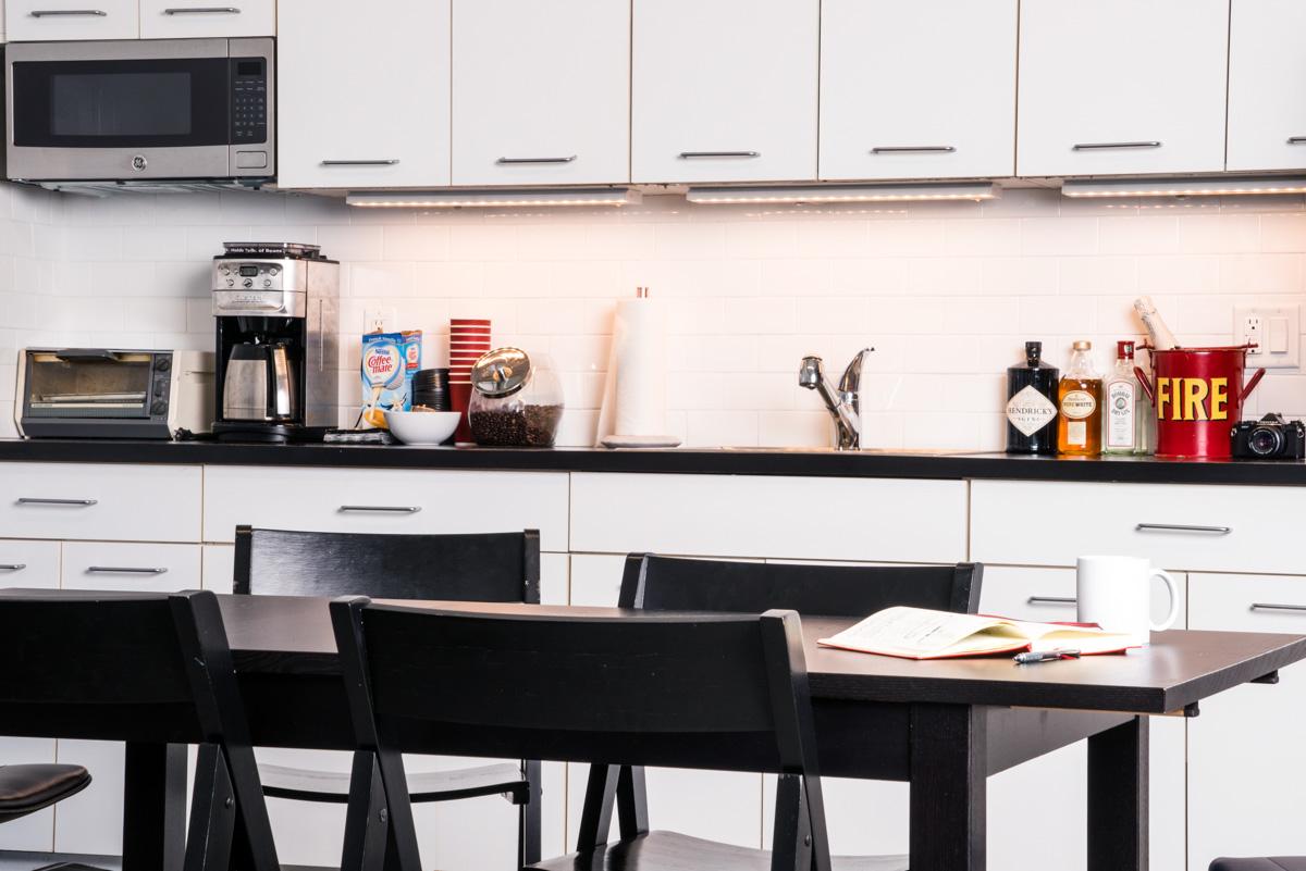 Kitchen and confrenece area