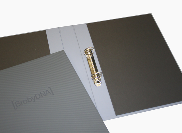 Presentation Folders 5.jpg