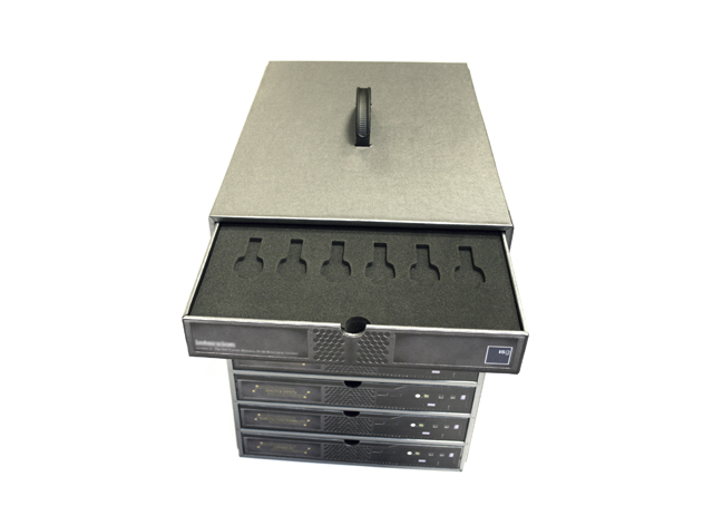 USB Compartments 3.JPG