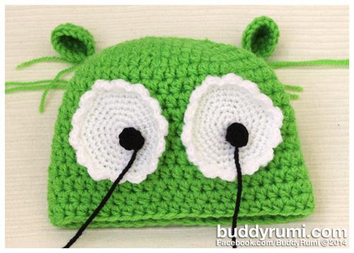 Big Eyes Green Crochet Hat.jpg